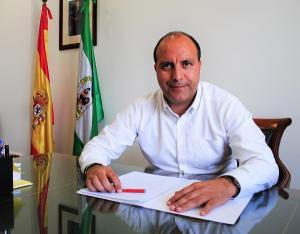 El alcalde, Nazario Montes.