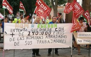 Concentración sindical frente a la sede de Egesur, empresa de Motril.