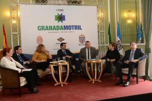 Representantes institucionales participantes del Foro.