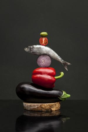 Original y artística composición de alimentos.