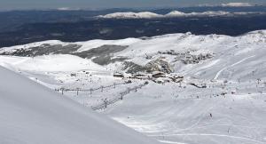Vista de la estación durante la temporada de esquí.