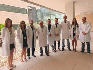 Equipo de investigación en el hospital del PTS.