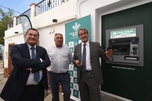 Inauguración del cajero automático de Rubite.