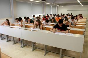 Prueba de acceso a la universidad en Granada.