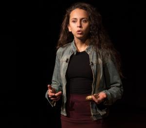La investigadora Alejandra Palafox.