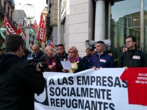 Protesta convocada por CCOO a la que se sumó IU por la crisis en BMN.