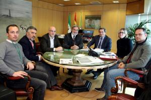 Entrena recibió al director general de Ineustar en una reunión en la que participaron los diputados de Ciudadanos.