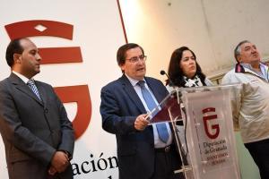 Entrena comparece con los alcaldes de los municipios excluidos.