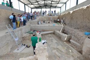 Visitas a las excavaciones de la Villa Romana de Salar.