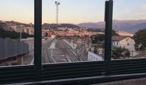 Obras de Adif que impiden las vistas desde el mirador del puente de Ronda.