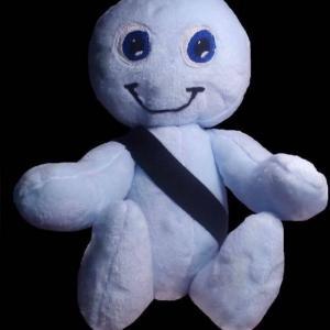 Peluche Belty contra los accidentes de tráfico.