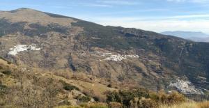 De izqda. a dcha. Capileira, Bubión y Pampaneira, emblemas de la Alpujarra.