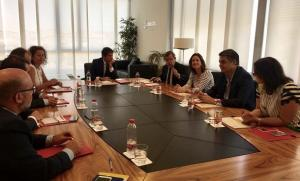 Reunión de diputados del PP con la Cámara de Comercio.