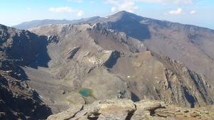 Sierra Nevada desde el pico de la Alcazaba.