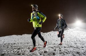 La carrera se disputa al caer la noche.
