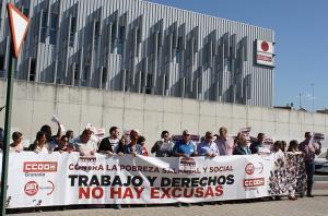Concentración, este viernes, a las puertas del edificio sindical.