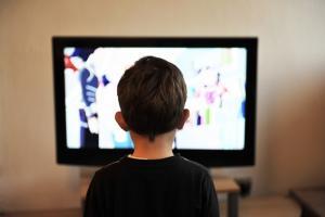 El estudio ha analizado 1.263 anuncios en televisión.