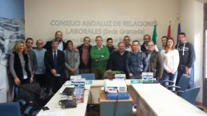 Representantes de UGT y de Puleva, tras firmar los aspectos económicos del convenio colectivo.