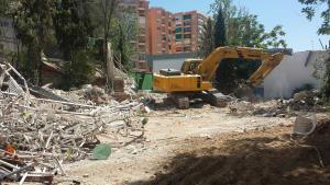 En demolición.