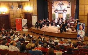 Imagen del concierto en la Sala Máxima del Espacio V Centenario.