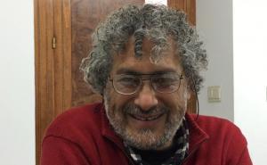 Gustavo Castro Soto, durante la entrevista.