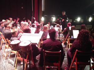 Momento del concierto solidario de la Banda de Música.