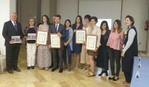 Distinciones entregadas por Adaner Granada.