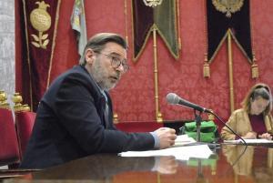El portavoz del equipo municipal de gobierno de Granada, Baldomero Oliver.