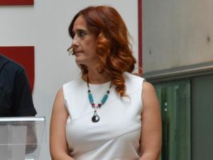 Carmen Capilla, concejal de IU en Pinos Puentes y diputada provincial.