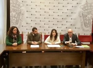 Los ediles de Cs con los representantes de Asogra y La Ciudad Accesible.