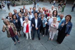 Cuenca con los integrantes de su candidatura.