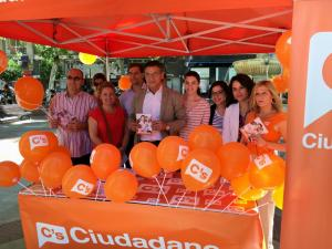 Luis Salvador y candidatos de C´s, hoy.