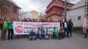 La pancarta se colocó el sábado 7 de mayo.