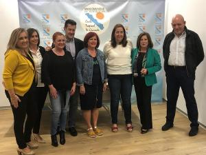 Los candidatos socialistas en su visita a la Mancomunidad de la Costa.
