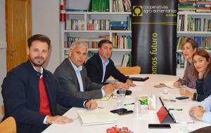 Reunión del PSOE con representantes de Faeca.