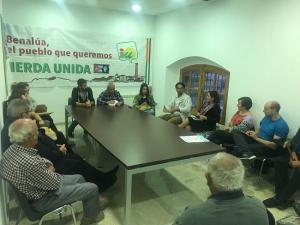 La coordinadora, en la reunión de Benalúa.
