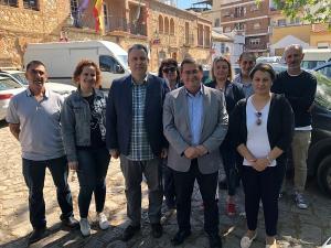 José Entrena con Mariano Lorente y el resto de la candidatura.