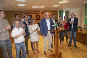 Gerardo Sánchez, aplaudido en la rueda de prensa de su despedida.
