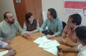 Dirigentes de IU con los de CCOO en la reunión.