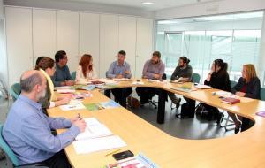 Reunión del grupo de IU en la Diputación con alcaldes y concejales de la formación.