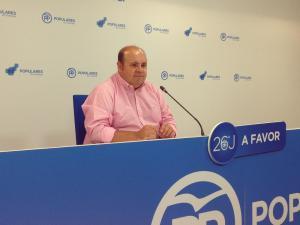 José Robles, en rueda de prensa.