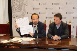 Francisco Ledesma en una imagen de archivo con Juan Antonio Fuentes.