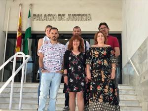 La coordinadora provincial ha respaldado a los representantes de IU Motril ante la celebración del juicio.