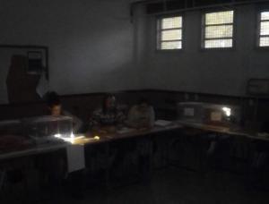 Colegio electoral en el IES La Paz.