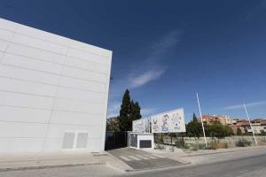 El empresario Ramón Arenas sigue batallando por las irregularidades urbanísticas en la parcela del Mulhacén.