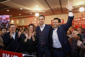José Entrena, Susana Diaz, Pedro Sánchez y Francisco Cuenca, en un mitin del 28A.