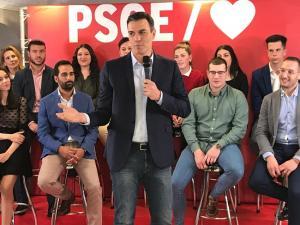 Pedro Sánchez, este jueves en Pinos Puente.