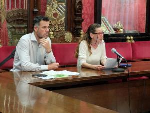 Pilar Rivas y David Sánchez, en rueda de prensa en el Ayuntamiento.