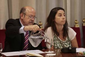 Marta Gutiérrez junto a Luis de Haro-Rossi, en el último pleno.