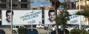 Carteles electoral de Juanma Moreno en Málaga.